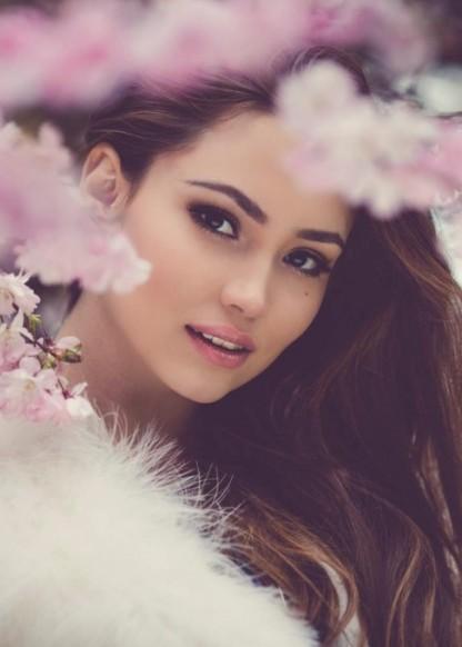 LILIYA R