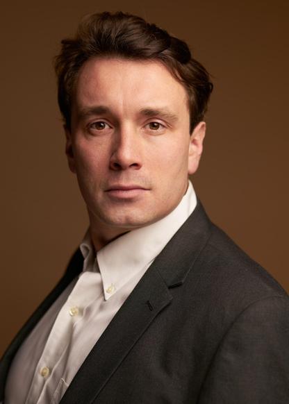 Jonathan Dickens