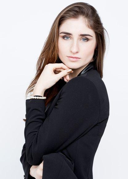 Clara F