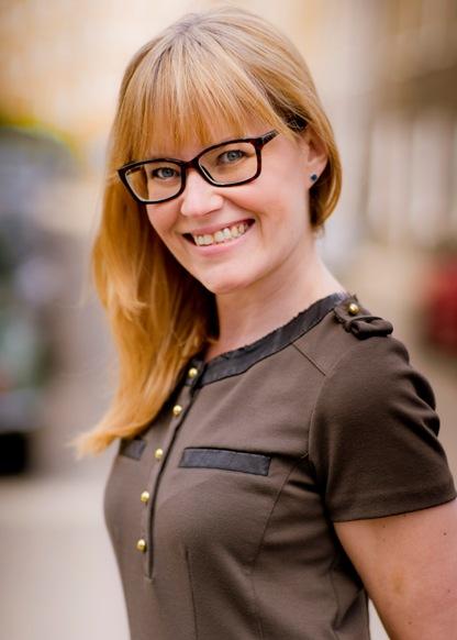 Claire R