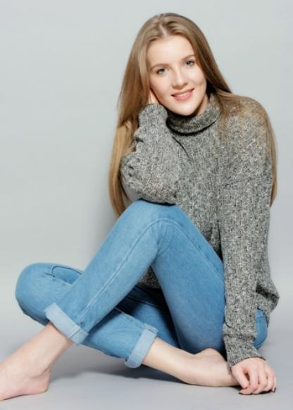 EMILY DEWBREY