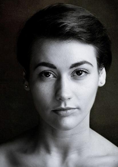 Laura Jane D