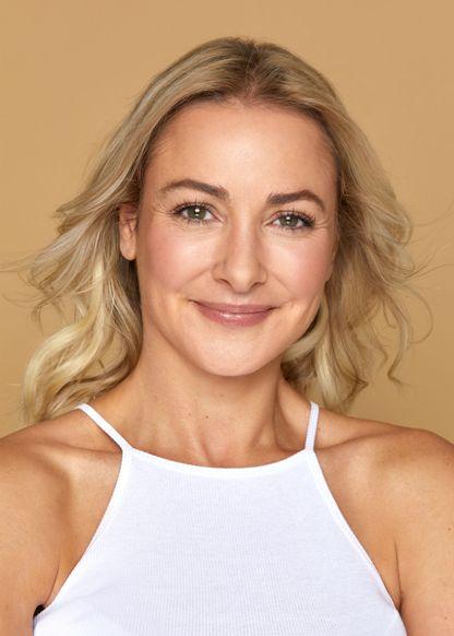 Amanda Holly